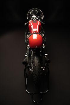 Honda RC166, the six cylinder