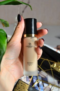 Oriflame Beauty Products, Oriflame Cosmetics, Homemade Beauty Products, Make Up Kits, Giordani Gold Oriflame, Oriflame Business, Makeup Illustration, Beauty Must Haves, Face Skin Care