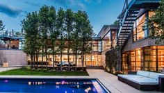 What better way to enjoy the Denver lifestyle than in this gorgeous, modern masterpiece? 100 S Marion Parkway is truly a work of art. No expense was spared in creating a home that's as luxurious as it is beautiful. Let's take a look at one of the very best homes on the market in Denver, Colorado.