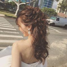 いいね!876件、コメント1件 ― Ai N Jacksonさん(@hawaiihairmake)のInstagramアカウント: 「ヘアスタイル3 ダウンアレンジからハーフアップへ サイドをあげるだけで一気に大人花嫁に…」