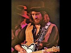 Waylon Jennings Weakness in a Man / Same Old Lover Man Old Country Songs, Country Song Quotes, Country Music Stars, Country Music Singers, Country Artists, Country Boy Can Survive, Country Boys, Music Songs, Music Videos