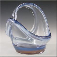Skrdlovice Czech Blue + Pink Glass Sculpture Bowl - £19.99