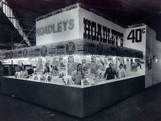Hoadley's stand at the Show. Dad use to buy us one of these bags, they were great!