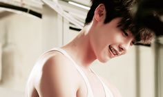 Imagine Lee Jong Suk preparing you breakfast in bed