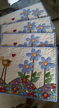 Quilted Placemat Patterns, Quilt Block Patterns, Quilt Blocks, Quilted Table Runners, Table Runner And Placemats, Small Quilts, Mini Quilts, Sewing Art, Sewing Crafts