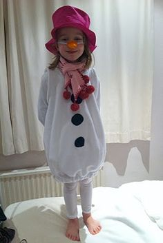 How to make a Snowman costume | Costumes
