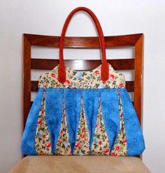 Patchwork Maria Adna: Patchwork, bolsas, bonecas, mantas, panôs, almofadas, trilhos de mesa e afins: Bolsa em patchwork Amy - Bolsa de tiras de tecidos...