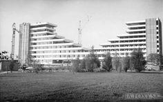 Kliknite pre zobrazenie veľkého obrázka Bratislava, Multi Story Building