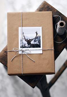 scandi Christmas holiday wrapping idea