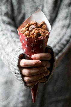 spice roasted almonds