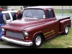 Video slide show of 55-56-57 Chevy Trucks and a few 58s.