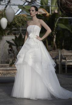 Mysecret Sposa Collezione Zaffiro Cod. 17116  #mysecretsposa #sposa #collezionesposa #abitidasposa #wedding #weddingdress #bride #abitobianco