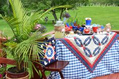 With a Dash of Color: #Summer Entertaining #Tablescapes #Patriotic #RedWhiteandBlue