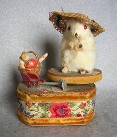Swiss Gardening Mouse Music Box