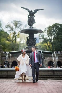 How to Plan a Central Park Wedding - Offbeat Bride Wedding Advice, Wedding Planning Tips, Wedding Planner, Wedding Ideas, Wedding Themes, Wedding Gowns, October Wedding, Fall Wedding, Autumn Weddings