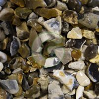 Moonstone Gravel 20mm- This gravel is perfect for creating a stylish, contemporary look
