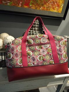 Blog Couture, Pretty Cats, Wax, Diy Crafts, Shoulder Bag, Sewing, Sports, Fashion, Creativity