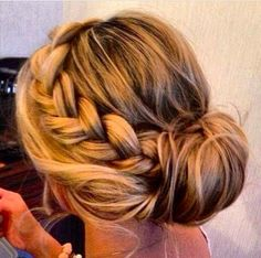 Love the braid #prom #hair #braid