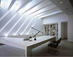 """La arquitectura es el juego sabio de manejar la luz Frases de Arquitectura """"La arquitectura es el juego sabio, correcto y magnifico de los volúmenes bajo la luz"""" Le Corbusier"""