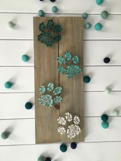 PLEASE INCLUDE THE STAIN COLOR AND STRING COLOR(S) IN THE NOTE SECTION OF YOUR PURCHASE! This example shows Classic Grey stain. Perfect for your home or anyone you know! Measures 21x7x2. It has attachments on the back for hanging or you can just place it on the kitchen counter.