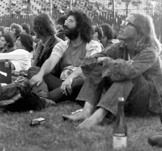 The Grateful Dead Arise: 2017 Leo & Aquarius Eclipses - Ailsa Marina Astrology Grateful Dead Shows, Phil Lesh And Friends, Leo And Aquarius, Jerry Garcia Band, Dead Pictures, Hippie Movement, Bob Weir, Dead And Company