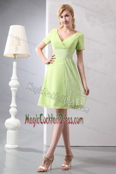Buy v neck chiffon and sequin cocktail dresses for prom in yellow green from ladies cocktail dresses collection, v neck neckline a line in green yellow green color,cheap knee length dress with zipper back and for prom party cocktail party . Colorful Prom Dresses, Prom Dresses Blue, Pageant Dresses, Formal Evening Dresses, Homecoming Dresses, Prom Gowns, Party Dresses, Evening Gowns, Discount Prom Dresses