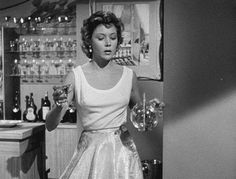 Fati♥..Gloria Grahame in In A Lonely Place  (Nicholas Ray, 1950)