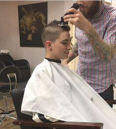 Mid Haircuts, Cool Haircuts, Haircuts For Men, Super Short Hair, Short Hair Cuts, Shaved Hair Cuts, Shaved Heads, Kids Barber, Clipper Cut