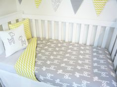 Giraffe nursery set Choose your own colour scheme by MamaAndCub