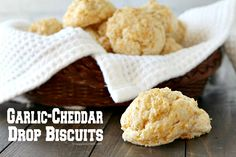 Homemade Garlic Cheddar Drop Biscuits recipe, an easy copycat Red Lobster biscuit from scratch ready in minutes.