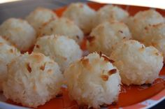Mini Snowball Macaroons Recipe