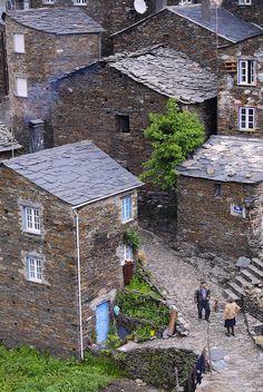 Well preserved heritage village -  Piodão, Arganil, Portugal enjoy portugal holidays www.enjoyportugal.eu