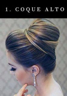 Se o seu estilo de noiva é clássico, o coque alto é uma boa pedida de penteado para o altar.