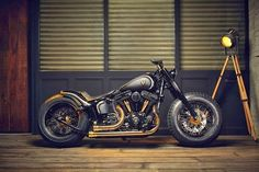 """... And This is Reality: HARLEY SOFTAIL SLIM VIRA """"CROWNED STALLION"""""""