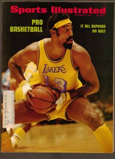 Wilt Chamberlain was the GOAT of NBA basketball. His achievements were so tremendous they almost become an abstraction. If Wilt played in today's NBA, he would easily be the best player in the league. Basketball Legends, Love And Basketball, Sports Basketball, Basketball Players, Basketball History, Basketball Moves, Fantasy Basketball, Basketball Pictures, Wilt Chamberlain