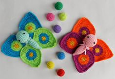 This cute Amigurumi Butterflies Free Crochet Pattern is a very vibrant and pretty decoration for your home! Make one now with the free pattern provided below. Crochet Unicorn Blanket, Crochet Baby Cardigan, Baby Afghan Crochet, Crochet Pillow, Crochet Cross, Cute Crochet, Crochet Motif, Knit Crochet, Amigurumi Patterns