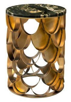 Tavolino Koi con base in ottone, Brabbu, cm 34Øx46h, 2.700 euro.