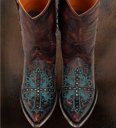 old gringo-have these in BLACK!  Stunning Show stoppers