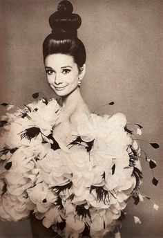 Audrey Hepburn Hairstyles on Pinterest | Audrey Hepburn Makeup, Audrey ...