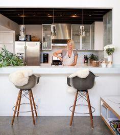 Eames Plastic Chair Moderne Einrichtung Hoker Offene Kueche