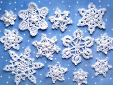 Wow.  Beautiful snowflake patterns.  Free pdf patterns.