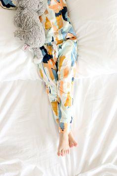 Win a yard of Bound knit Art Gallery Fabric! // Delia Creates