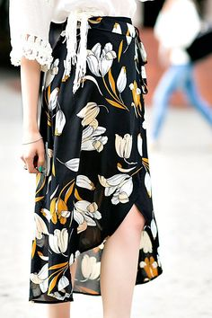 Florals are so in this season! Decorate your wardrobe with this stylish skirt.