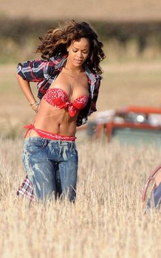 Rihanna filming 'We Found Love'