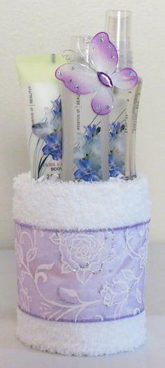 Mini Towel Cake Includes 2 washcloths travel por JMonetCreations