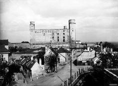 Bratislava, Old Photos, Paris Skyline, Nostalgia, Travel, Times, Retro, Old Pictures, Viajes