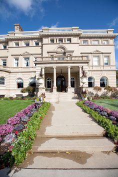 The Semple Mansion! #semplemansion #weddingvenue #minneapolisweddingplanners
