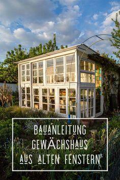 Einfache Bauanleitung für ein günstiges und schönes Gewächshaus aus alten Fachwerk-Fenstern. Wichtigste Zutat: Geduld! Ergebnis: ein Schmuckstück :) #gewächshaus #diy #garten #diygarten #diagewächshaus