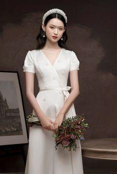 Fantasy Wedding Dresses, Modest Wedding Dresses, Wedding Dress Styles, Wedding Gowns, Bridesmaid Dresses, Turkish Wedding, Stylish Gown, Princess Style, Love Her Style