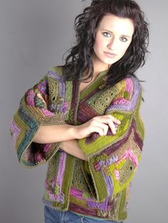 Aaahhh.  Gorgeous, wearable art.  Downloadable PDF pattern by Janice Rosema
